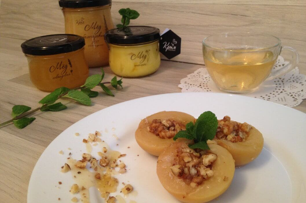 персики с медом