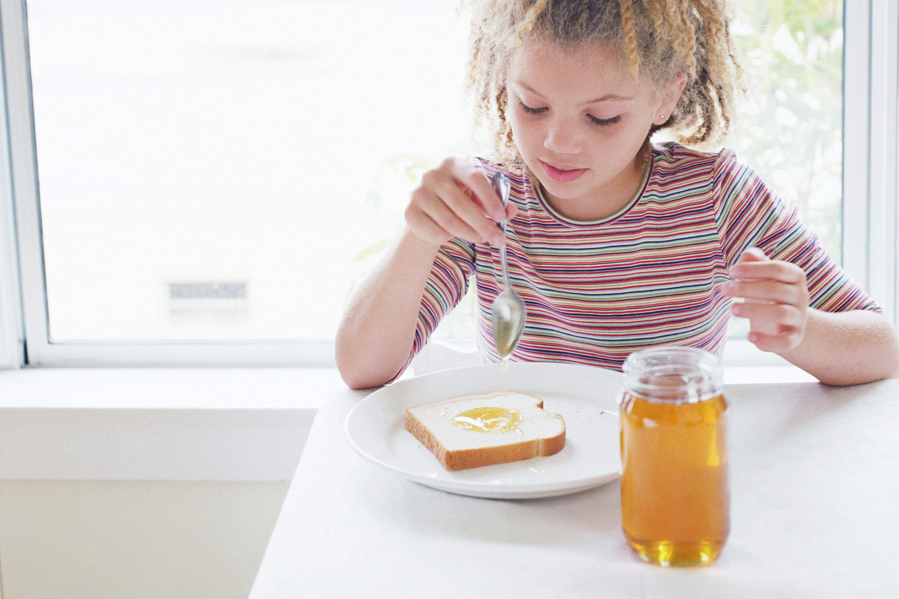 мёд детям