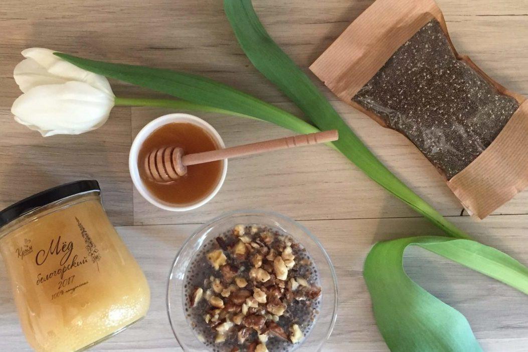 Пудинг с мёдом и семенами чиа